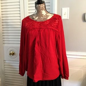 ST. JOHN'S BAY Red Flowy Longsleeve Top